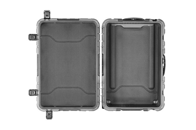 "Pelican ProGear Elite Luggage 22"""