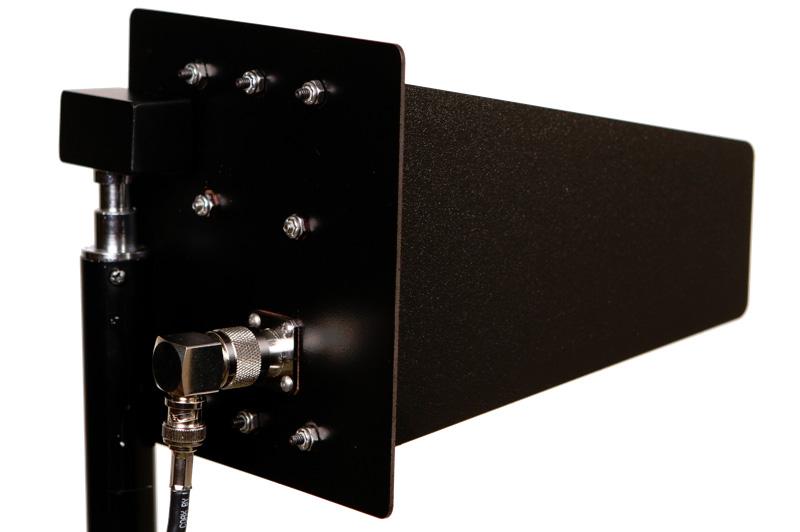 RF Venue 2.4 GHz CP Beam